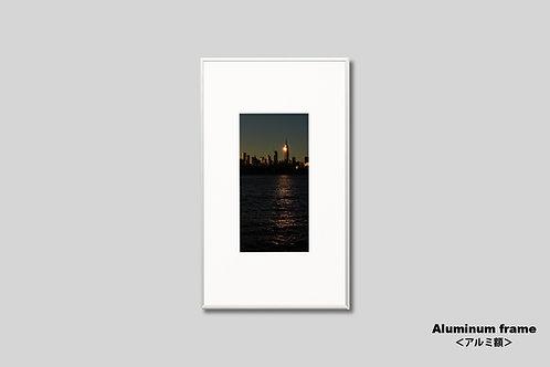 ニューヨーク,マンハッタン,エンパイアステートビル,インテリア,写真,風景,摩天楼,ビル群,インテリアフォト,アート,額入り,額装,アートフレーム,フォトフレーム,おしゃれ,モダン,プレゼント,壁掛け,壁飾り,装飾,ウォールアート,新築祝い