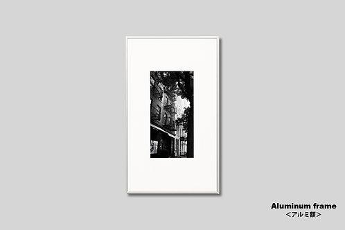 写真,ニューヨーク,モノクロ,インテリア,風景,マンハッタン,グリニッジビレッジ,街並み,インテリアフォト,アート,額入り,額装,アートフレーム,フォトフレーム,おしゃれ,モダン,プレゼント,壁掛け,壁飾り,装飾,ウォールアート,新築祝い