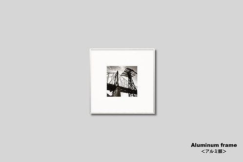 ニューヨーク,インテリア,写真,風景,クィーンズボロブリッジ,橋,正方形,モノトーン,インテリアフォト,アート,額入り,額装,モノクロ,オリジナルプリント,アートフレーム,フォトフレーム,おしゃれ,モダン,プレゼント,壁掛け,壁飾り,新築祝い