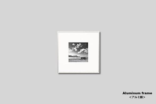 インテリア,写真,風景,ハワイ,ワイキキ,海,インテリアフォト,モノクロ,正方形,アート,額入り,額装,壁掛け,オリジナルプリント,アートフレーム,フォトフレーム,おしゃれ,モダン,壁飾り,装飾,ウォールアート,新築祝い