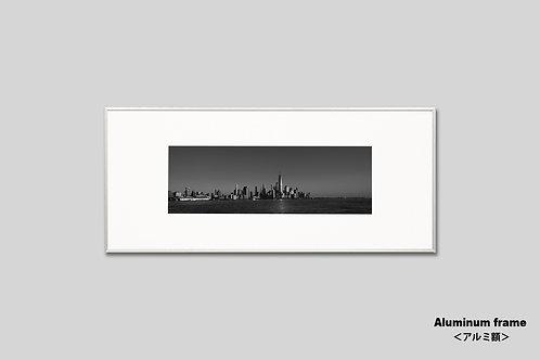 写真,ニューヨーク,インテリア,風景,マンハッタン,ワールドトレードセンター,ビル群,インテリアフォト,アート,額入り,額装,オリジナルプリント,モノクロ,アートフレーム,フォトフレーム,おしゃれ,モダン,プレゼント,壁掛け,ウォールアート,新築祝い