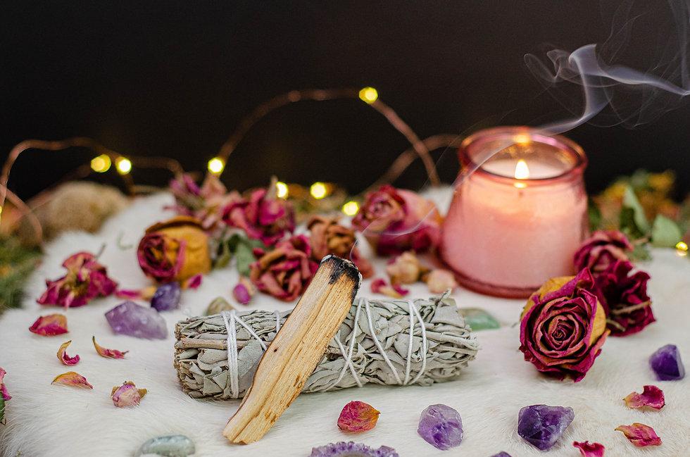 Romantic Cozy Tarot Setup Background.jpg