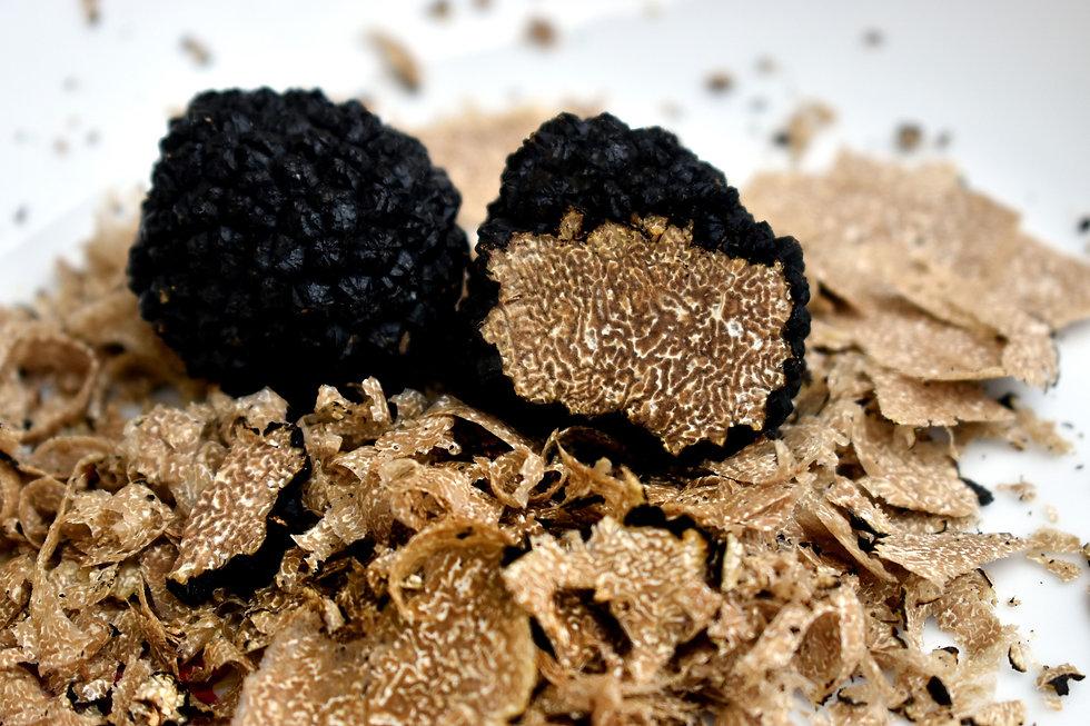 truffles-4539078_1920.jpg