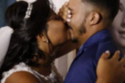 dia do noivo com noiva