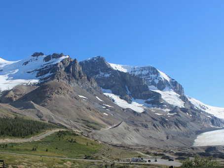 The Columbia Icefield Tour: The Ultimate Glacier Excursion