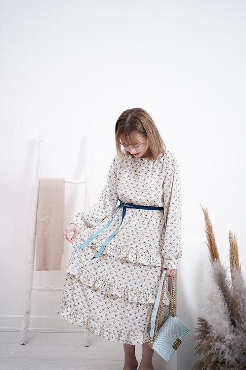 [售罄] 小碎花Ruffles蛋糕裙連綁腰絲絨帶(白藍色)