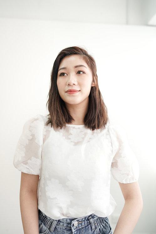 [現貨賣光不補] 可愛雲朵花花半透泡泡袖上衣(白色)
