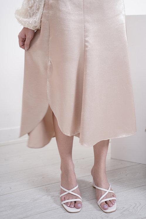 [預訂] 絕美絲光緞面花瓣裙擺半橡筋半身裙(香檳色)