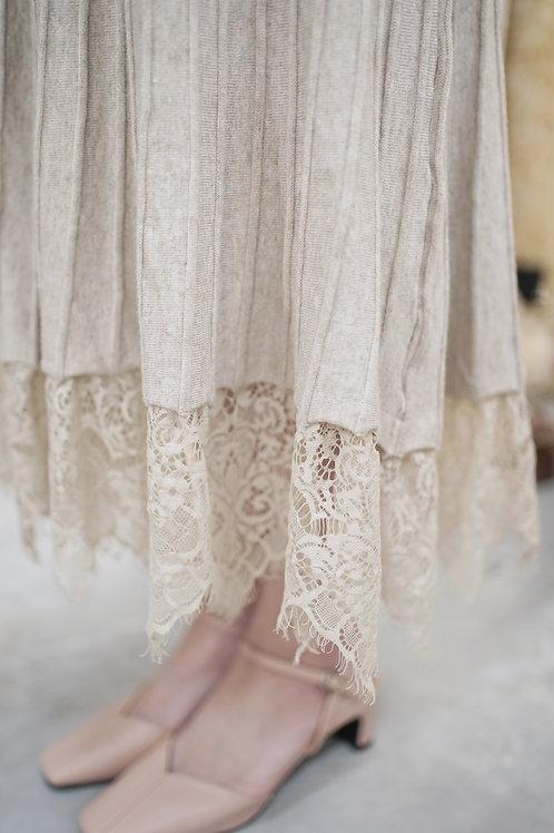 [售罄] 針織立體直紋拼接蕾絲半身裙(杏色)