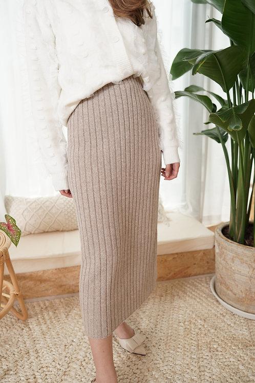 [預訂] 直紋針織直身顯瘦半身裙(淺卡其)