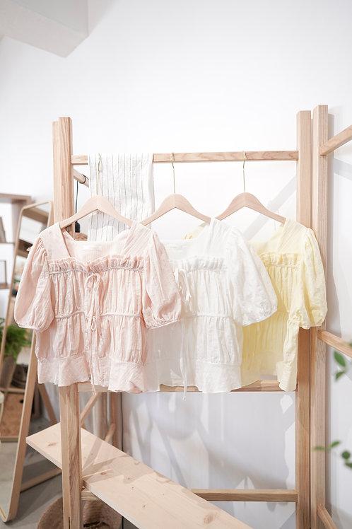 [現貨賣光不補] 娃娃兩層蝴蝶結Ruffles方領上衣(白色)