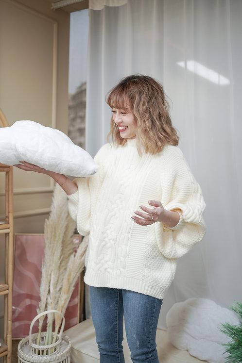 [售罄] 厚料大氣織紋毛冷上衣(白色)