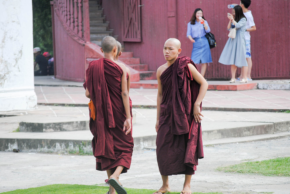 monks mandalay palace