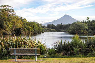 Where to go to capture a spectacular photograph of Mount Taranaki
