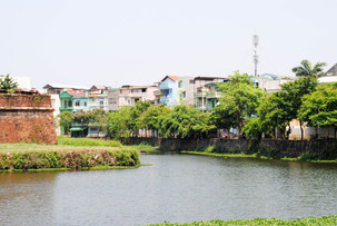 Visions of Vietnam, lost memories of solo travel in Hue
