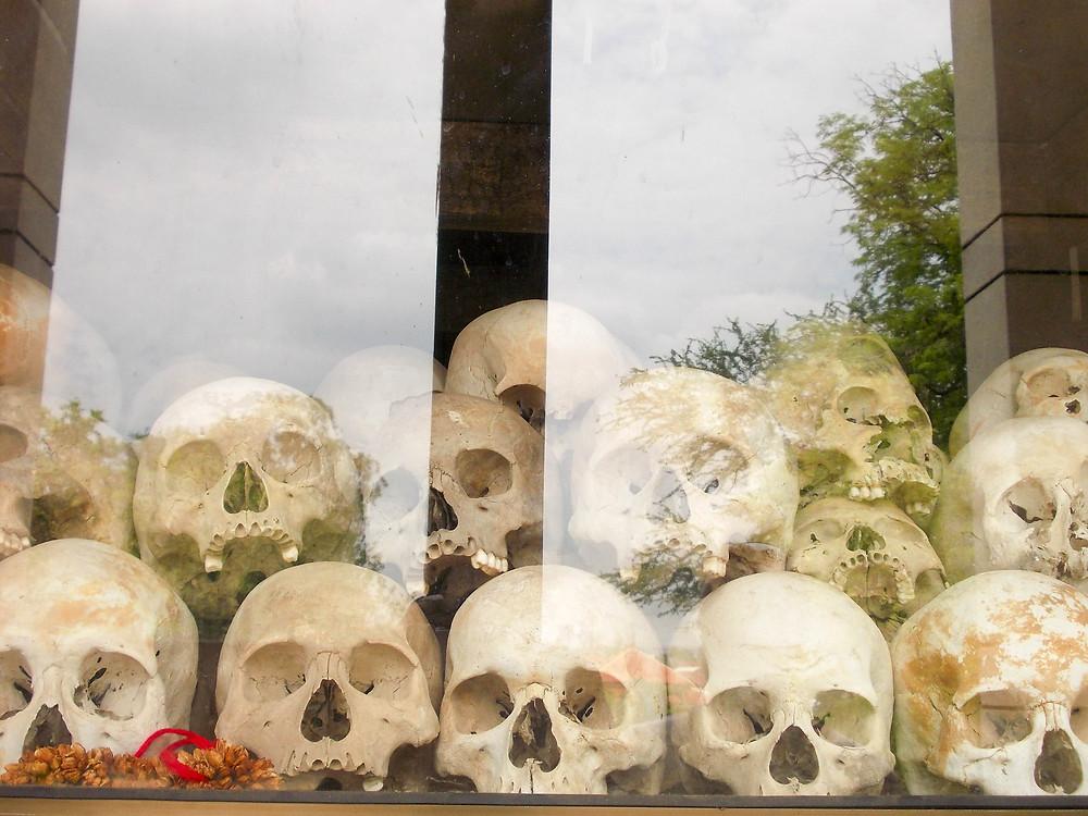 skulls memorial cambodia
