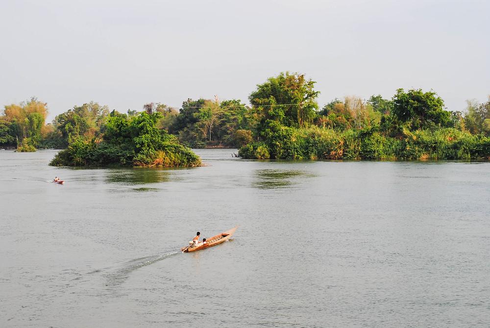boat 4000 islands laos