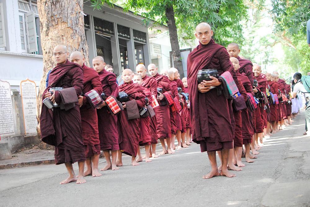 monk mandalay monastery