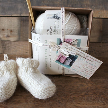 roll top slipper knitting kit