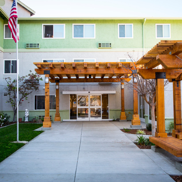 MANZANITA PLACE APARTMENTS