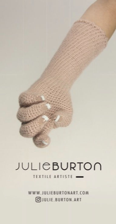 JULIE BURTON _ STICKER 10x5cm _ RECTO_ed