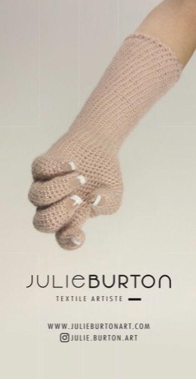JULIE BURTON _ STICKER 10x5cm _ RECTO_ed