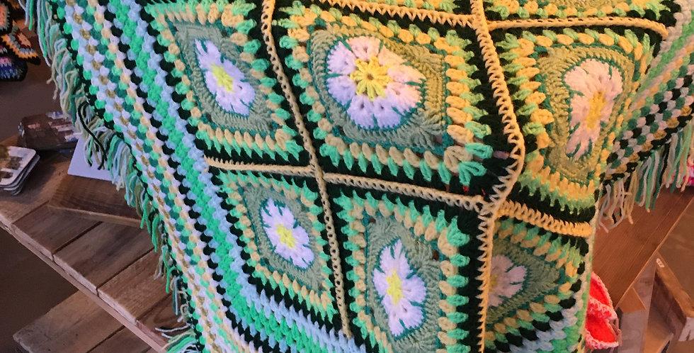 Green knee rug