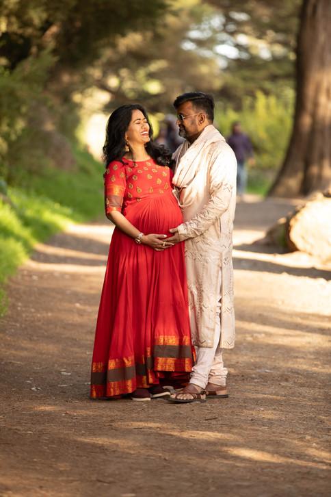 San Francisco Strawberry Hill Maternity Photoshoot