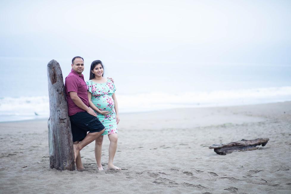 San Francisco Baker Beach Maternity Photoshoot