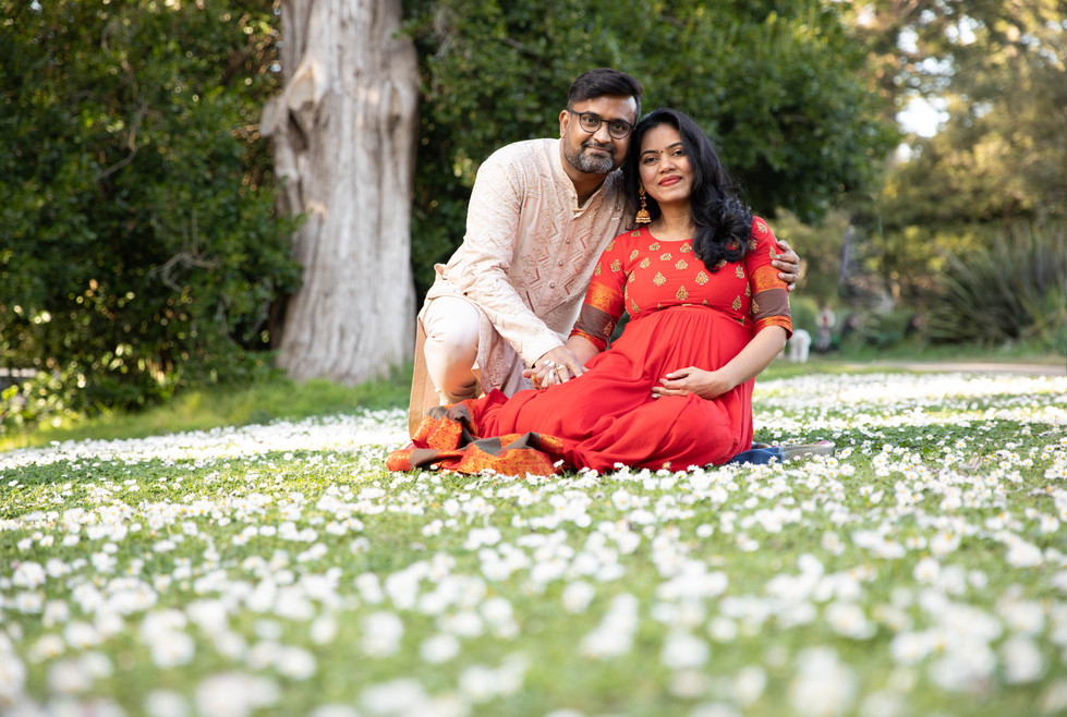 San Francisco Strawberry Hill Maternity Photoshoot