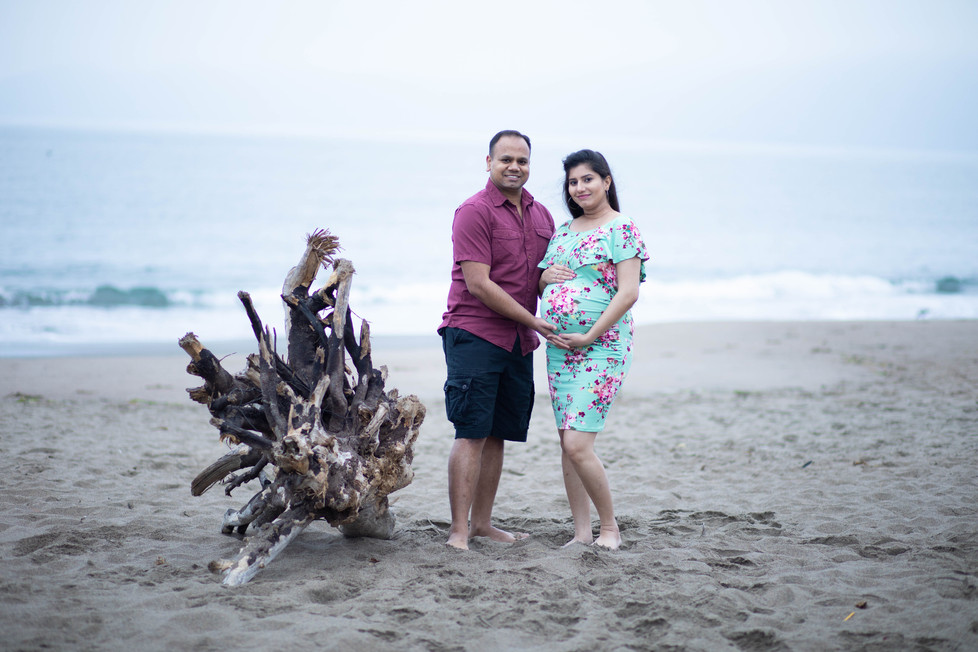 Baker Beach Maternity Photoshoot