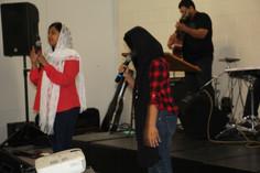 English Worship Session
