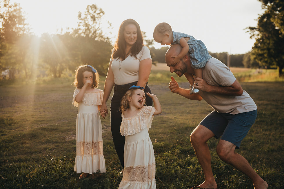 Nuria Bosque Photography - Family Photog