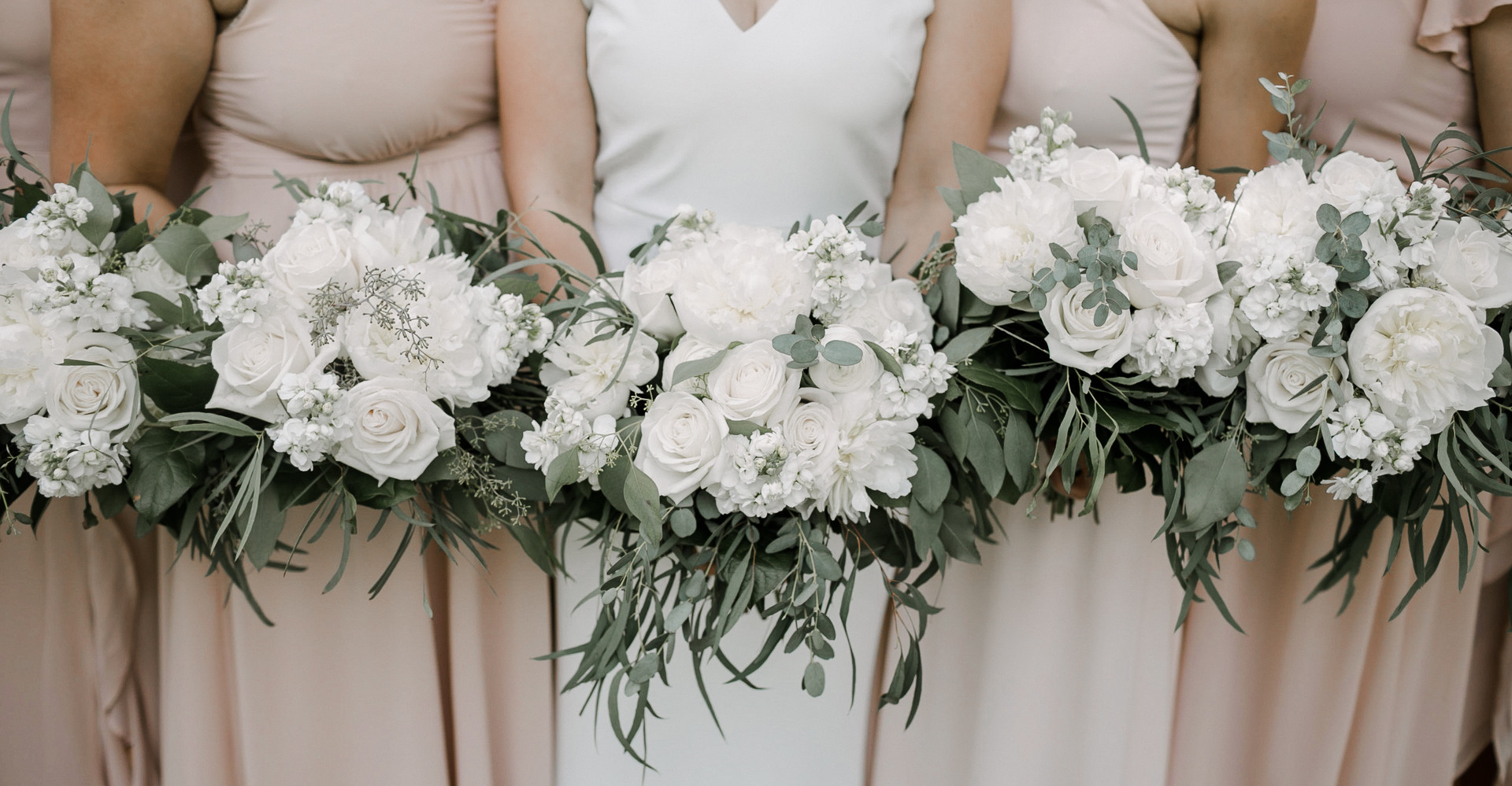 White Bouquets for the win