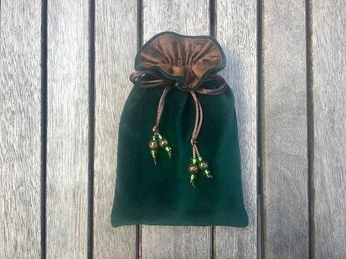 Dark Green / Chocolate Brown