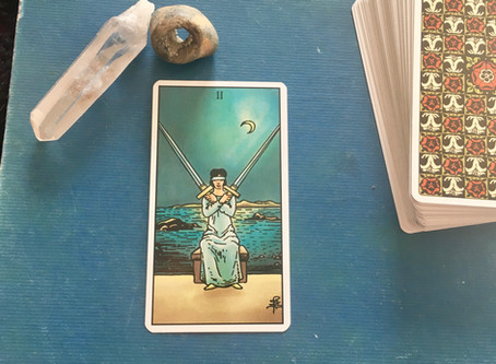 2 of Swords - symbolism and meaning