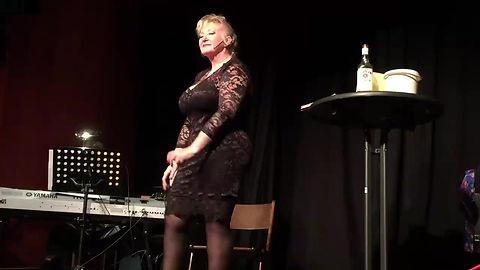 """Marga Bach in """"Männer muß man loben..."""""""