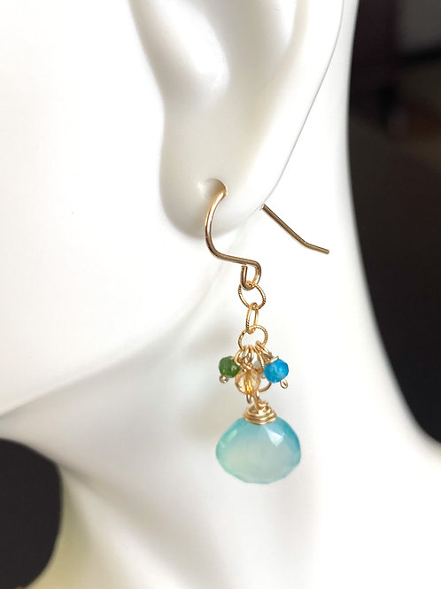 Chalcedony, chrome diopside, apatite and citrine in gold