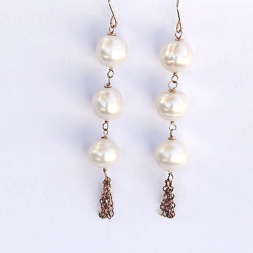 Triple Pearl with Chain Tassel in Gold