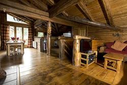 elliot_living_room