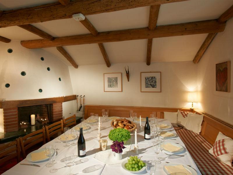 schneider_dining_room-g