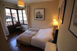 Morzine-chalet-George-bedroom-Susan