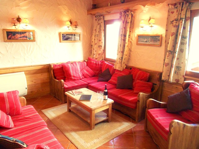 alpine 365 living room