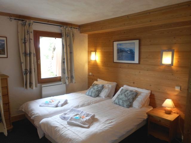 alpine 365 bedroom