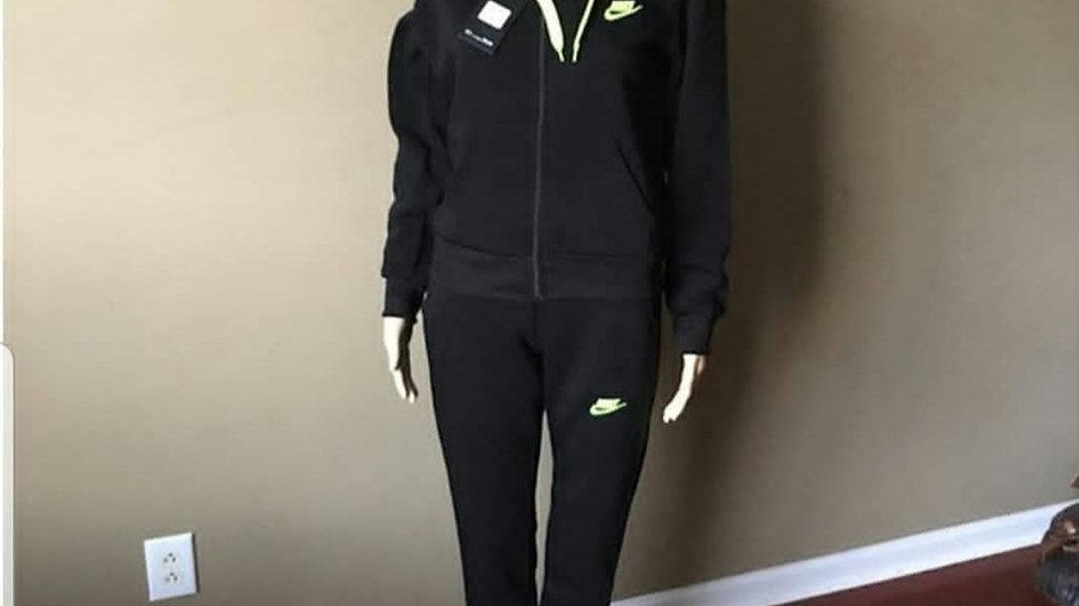 Nike Women's Set