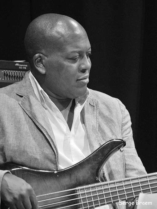 Henri Dorina (Bass)