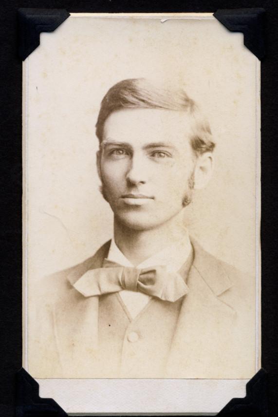 American gentleman, c. 1850s - 1890s, original carte de visite | Purchased 2012, Stuart Archive.