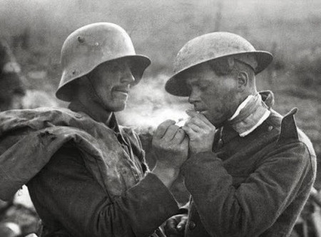 Weihnachtsfrieden: The Christmas Truce of 1914
