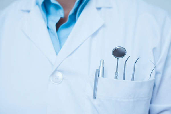 Strumenti dentali in tasca