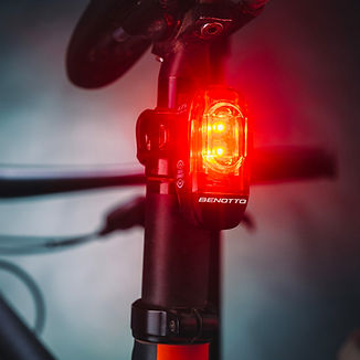luz-trasera-bici-2.jpg
